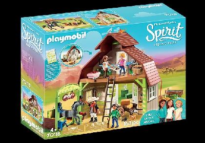 -70118-barn-with-lucky-pru-abigail