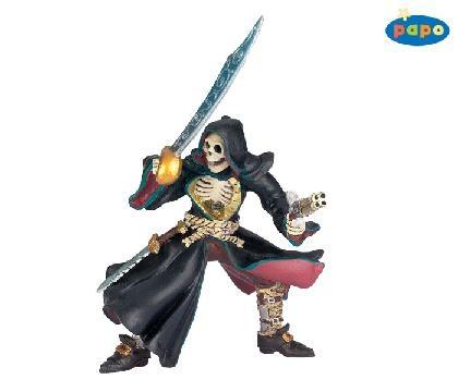 38919-pirate-skull-head