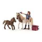 42362 Stablehand with Shetland Ponies *18